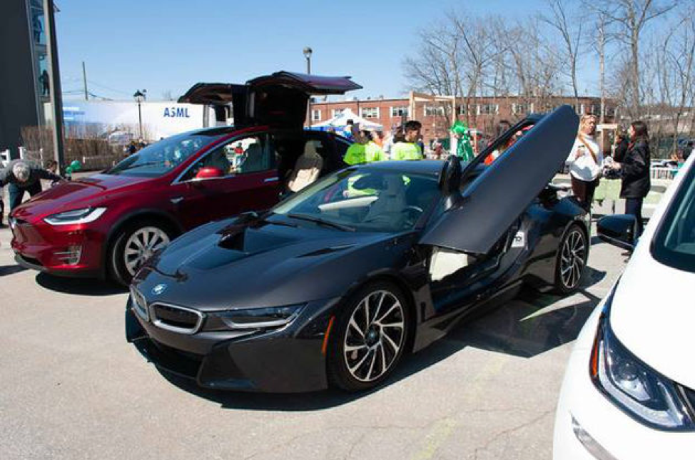 Teslas and EVs at Wilton Zero Waste Faire